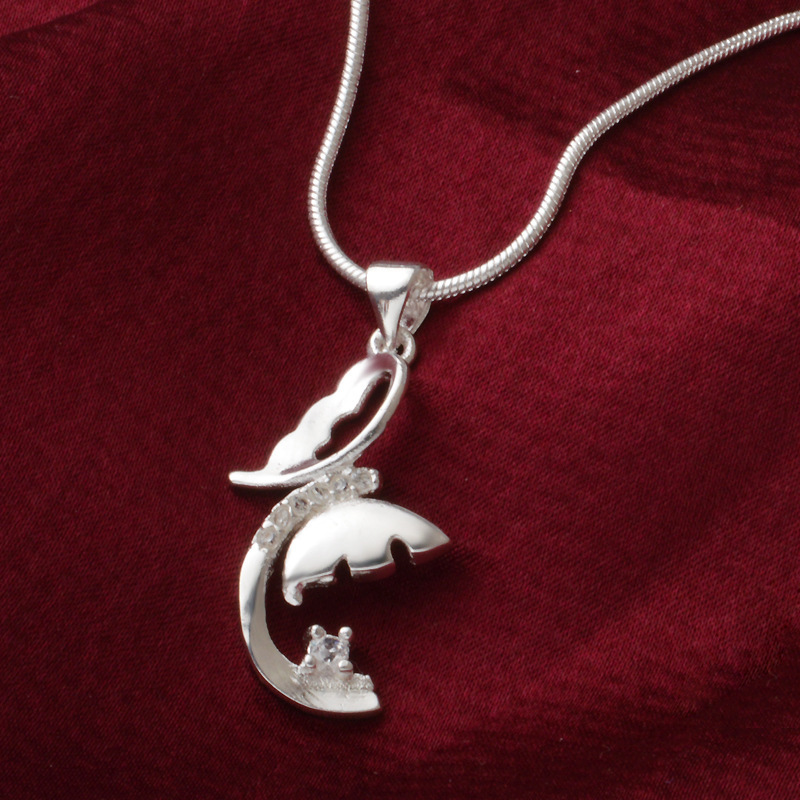 Placa de borde cruzado con adornos de plata Ebay Fashion Silver Colgante Producto Creencia Pendeloque Corte Collar
