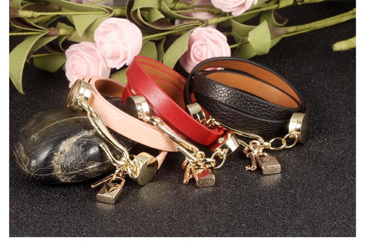 Woman Leather Belt Bracelets Handmade Retro Wrap Bracelets Leather Stainless Steel Lock Key Pendant Women Jewelry Gift Wholesale