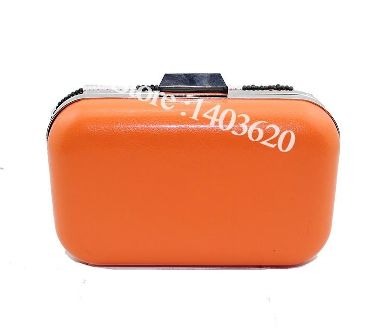 1042-8 clutch bag (3)