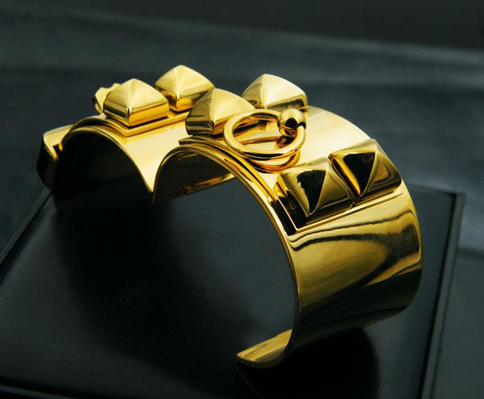 Mujeres de lujo de la manera pulsera de los hombres de acero de titanio punky de oro ancho remaches brazalete de oro rosa de plata CDC Pulsera joyería de moda