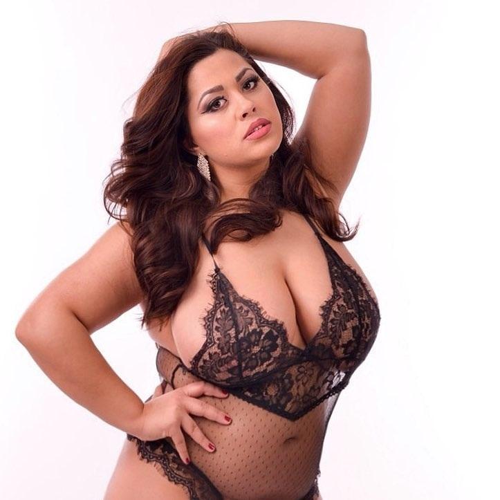 df5dd5932dd3 Mujeres Sexy De Encaje Sin Tirantes De La Ropa Interior Sin Espalda ...