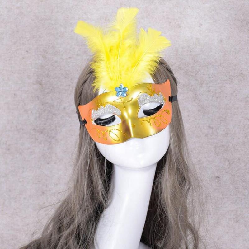 2018 New Princess Venice Light-Up led Feather Mask Women Flashing Mask Performance Props Halloween Dance Party Dress Decoration