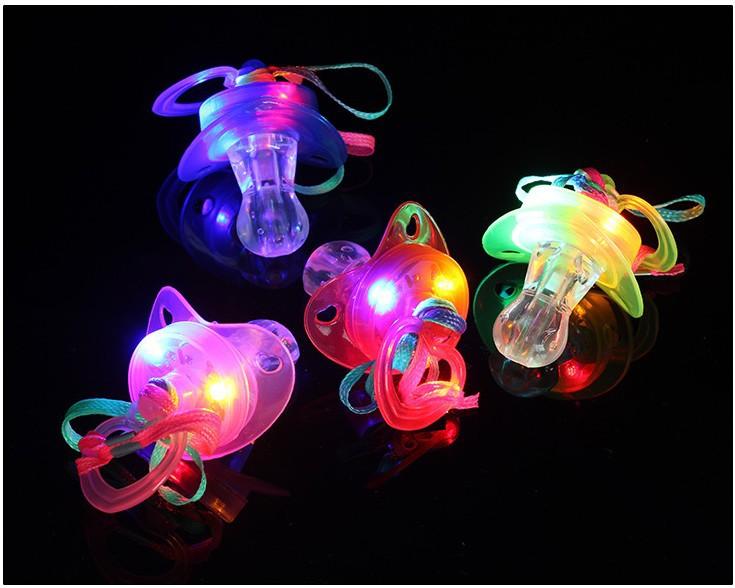 Işık Emzik LED Düdük oyuncak Rave Party Parlayan Yanıp Sönen Yanıp Sönen flaş memeler çocuklar led oyuncak Parti hediye pub FFA960 60 adet sahne
