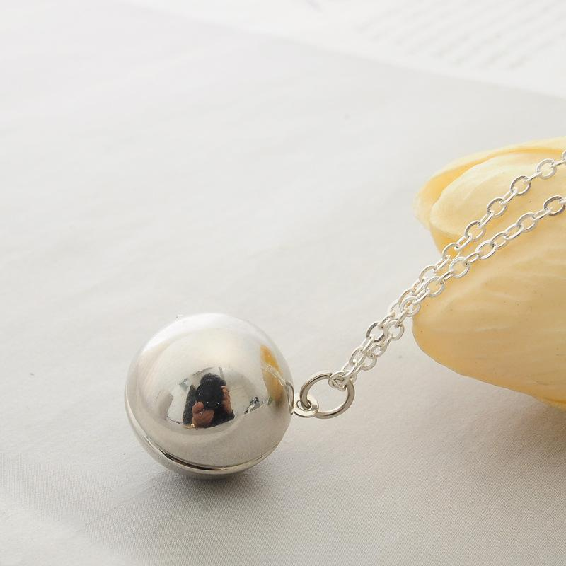 Smooth Ball Locket Necklaces Fashion Secret Information Lockets Necklace Ball Cage Pendant Lovers Necklace Valentine's Day Gifts