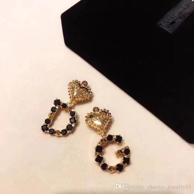 JewelryStore999 18 años primavera y verano nuevos pendientes moda mujer pendientes retro pendientes alfabeto pendientes joyería