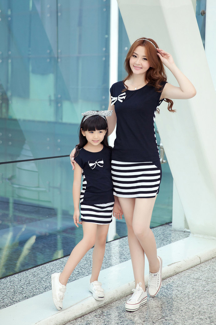 Family Fashion Summer Set Clothes For Mother And Daughter Stripe Sports Skirt Set Matching Mother Daughter Clothes Y190523