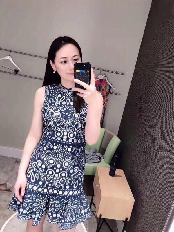 2019 mulher vestidos de verão Bordado sem mangas saia marca mulheres roupas macacões sem mangas saia de alta qualidade vestidos casuais