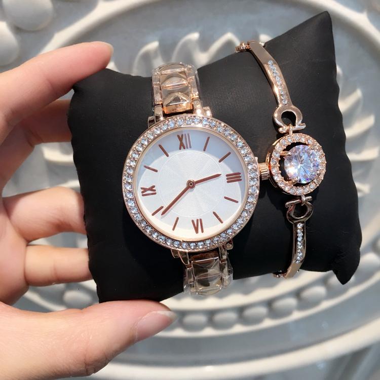 Nuevo modelo de moda para mujer Relojes con diamantes Reloj de mujer Reloj de pulsera de acero inoxidable de oro rosa Relojes de marca Reloj femenino Envío gratis