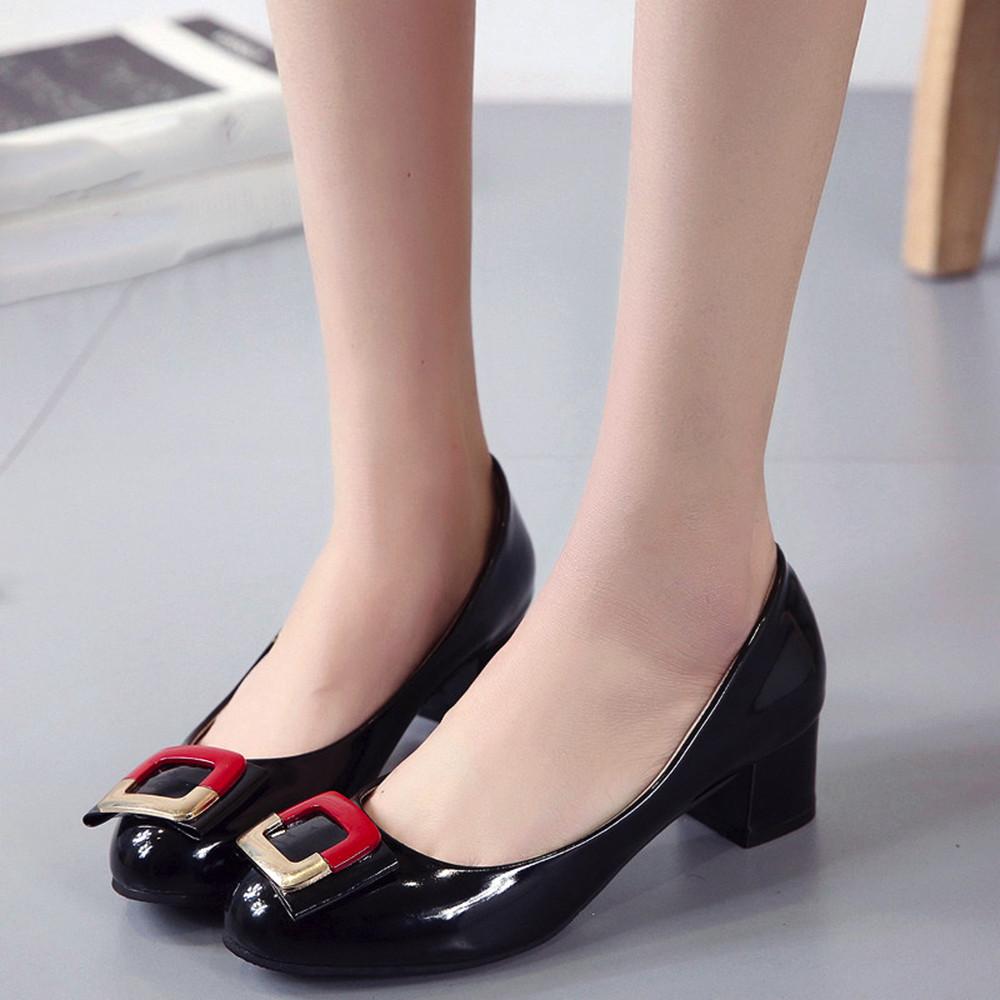 Designer Dress Shoes Women Ladies Slip On Sandal Casual Square Heel Solid Fashion Loafer Single