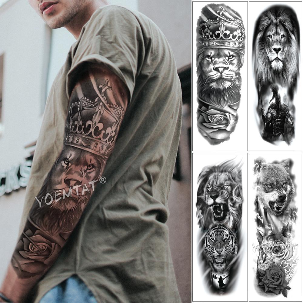 Como Escolher Tatuagem Homem grande arm sleeve tattoo lion crown king rose waterproof temporária tatoo  etiqueta wild wolf tiger men completa crânio totem tatto