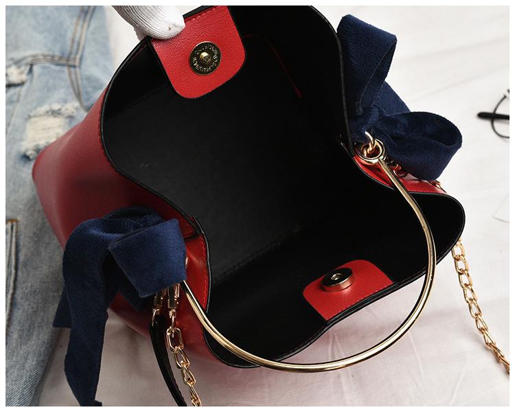 2-en-1 Diseño original Cubo Bolso Anillo Mango de metal Personalidad Bolsa Tendencia Hombro Bolsa de mensajero ColouredMX190824