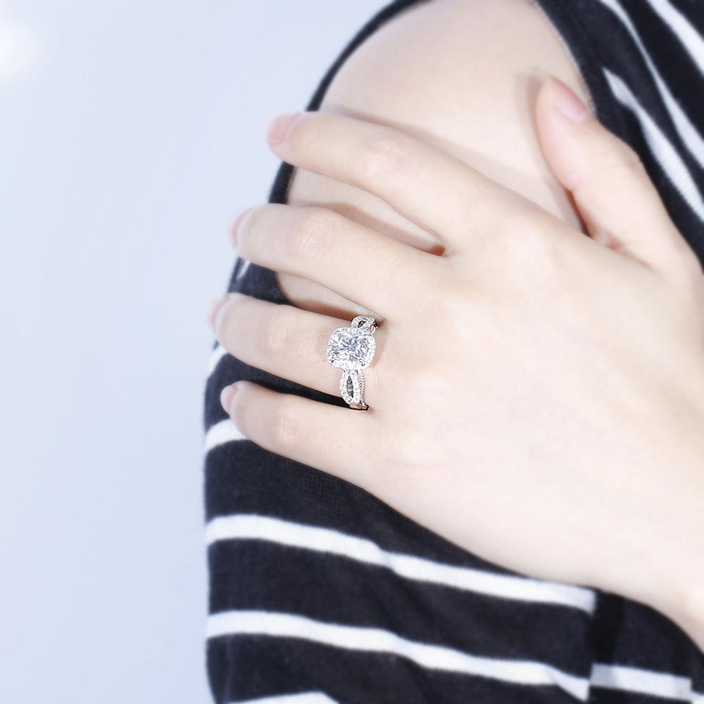 moissantie engagement ring (3)