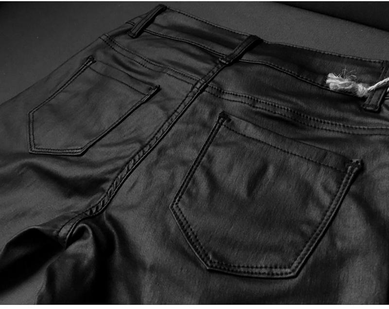 Imitation-leather-cowboy-pants-locomotive-model_08