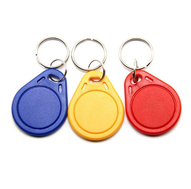 10PCS RFID IC clave Etiquetas Mandos de emergencia NFC TAG Llavero 13,56 MHz nue