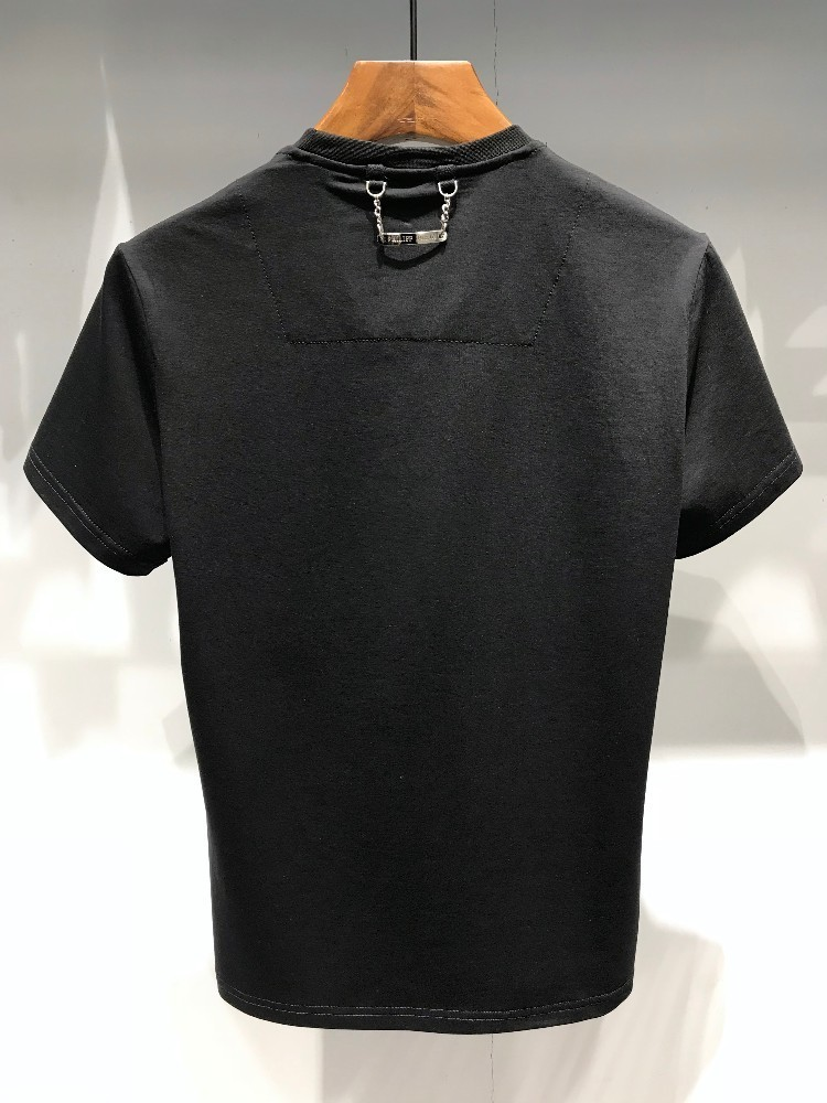 Men's T-shirt fashion and comfortable trend is simple, with cotton fabric, letter image pattern, upper body comfortable, domineering