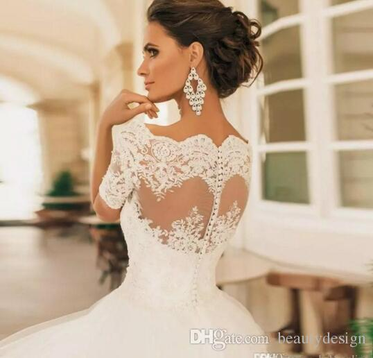 2017 Vintage Robe De Mariage Short Sleeves Wedding Dresses Lace Appliqued Pearls Sheer Bateau Neck Lace Bridal Gowns Vestido De Novia
