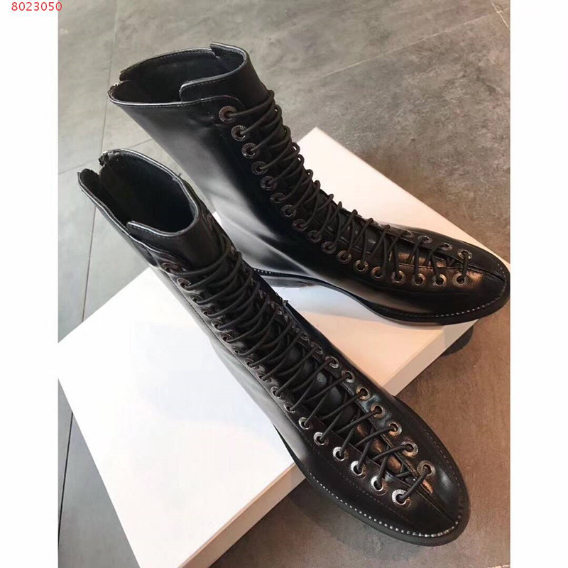 2018 New Style Hot Brand Designer Fashion Shoes Black Gladiator Shoes Fashionable Autumn Winter Shoes Female Boots