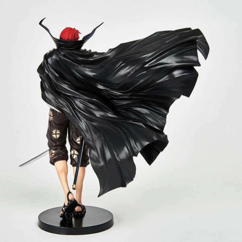 NOUVEAU chaude 18cm One Piece Shanks Styliste Figurine collection jouets poupée cadeau de Noël avec la boîte T200106