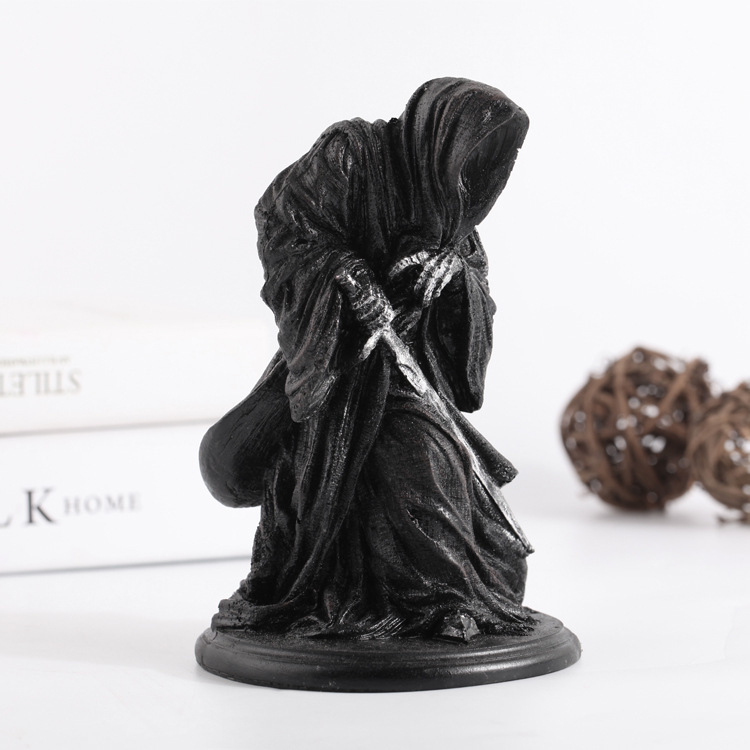 Ringwraith The Lord Of Rings Dark Knight Witch King Black Riders Statue Creative Game Model Decoration Mascot Antique Mascot Kids Gift (2)