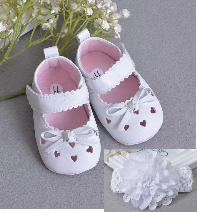 GIRLS CHRISTENING SHOES-HAIRBAND 2 PIECE SET-WHITE LACE DIAMANTE-SILVER CROSS