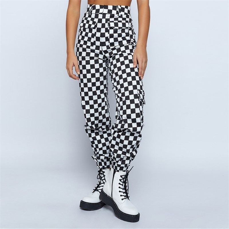 checkerboard-festival-cargo-pants-4_660x1024_crop_bottom