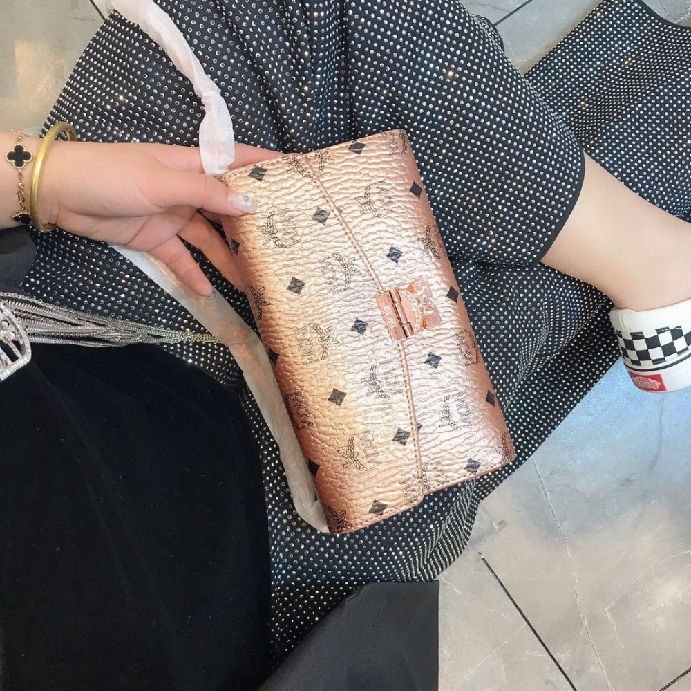 Women's bag 2019 new trend fashion wild leather chain shoulder bag