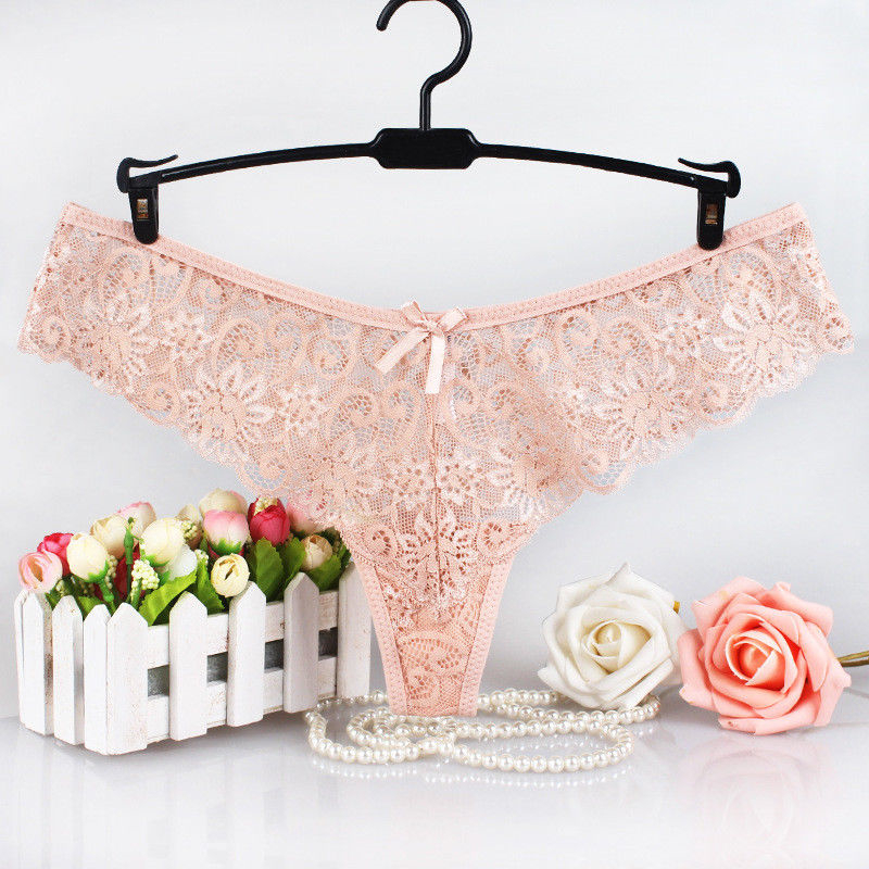Sexy Women Lace Flower V-string Briefs Panties Ladies Fashion Thongs G-string Lingerie Underwear Low-rise Black Red White C19041601