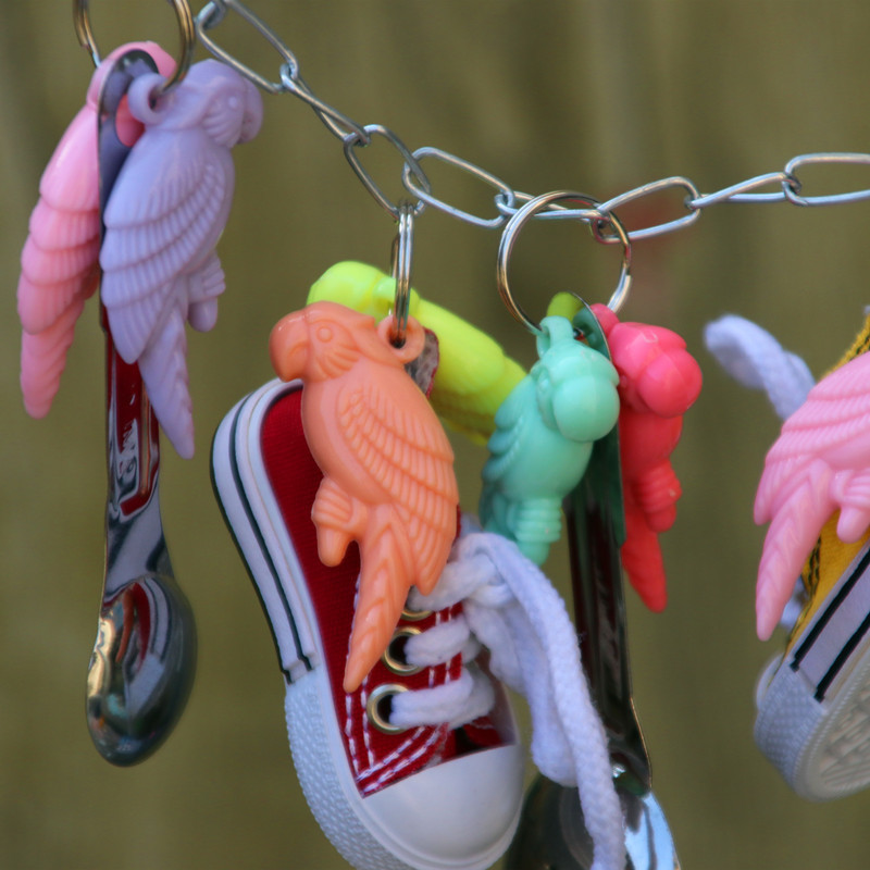 Gnaw Parrot Sneakers Bird Metal A Soup Spoon String Toys 127g