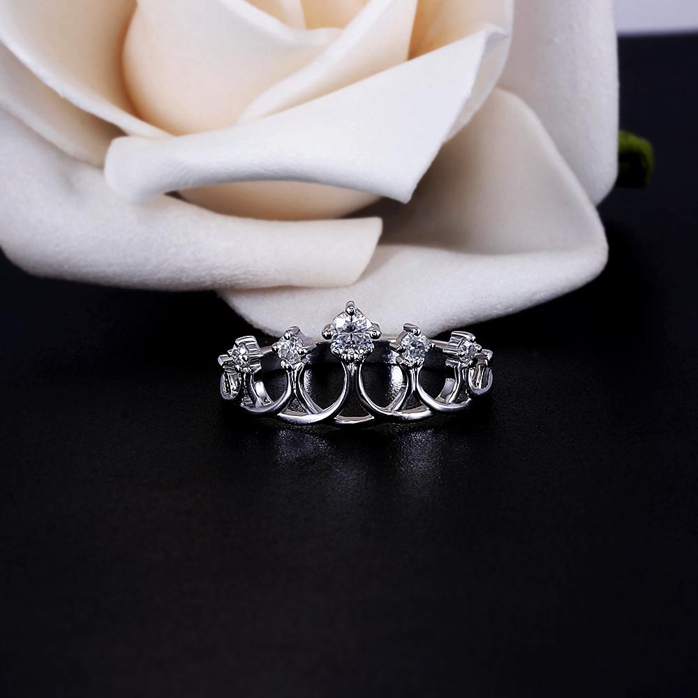 crown moissanite ring (5)