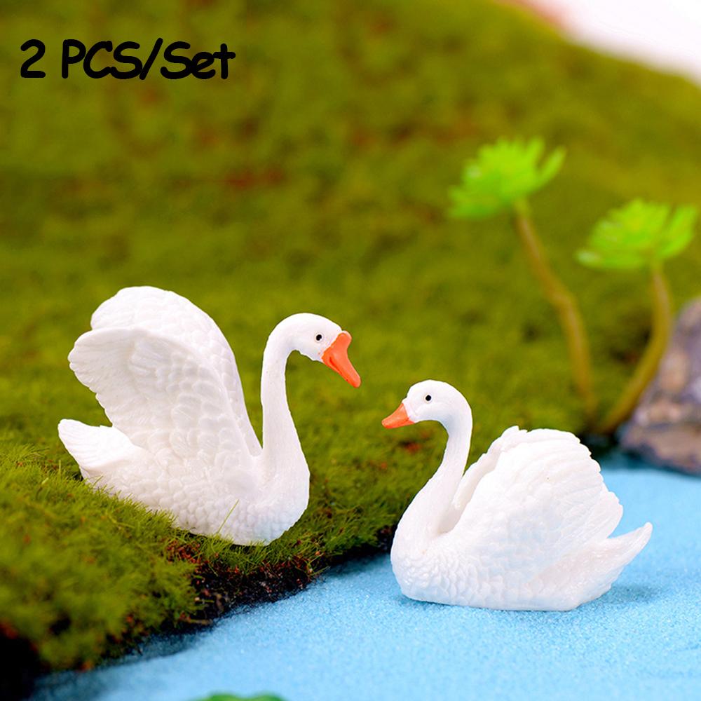 2pc//lot Black White Swan Figurine decoration mini fairy garden resin craft Kw