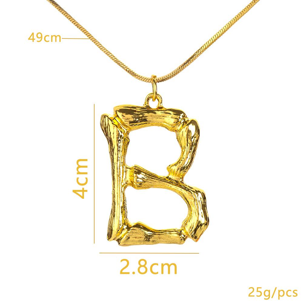 A-z Moda Kişiselleştirilmiş Mektup Alfabe Kolye Kolye Altın Renk Zinciri İlk Önlük Kolye Charms Kadınlar Takı Için