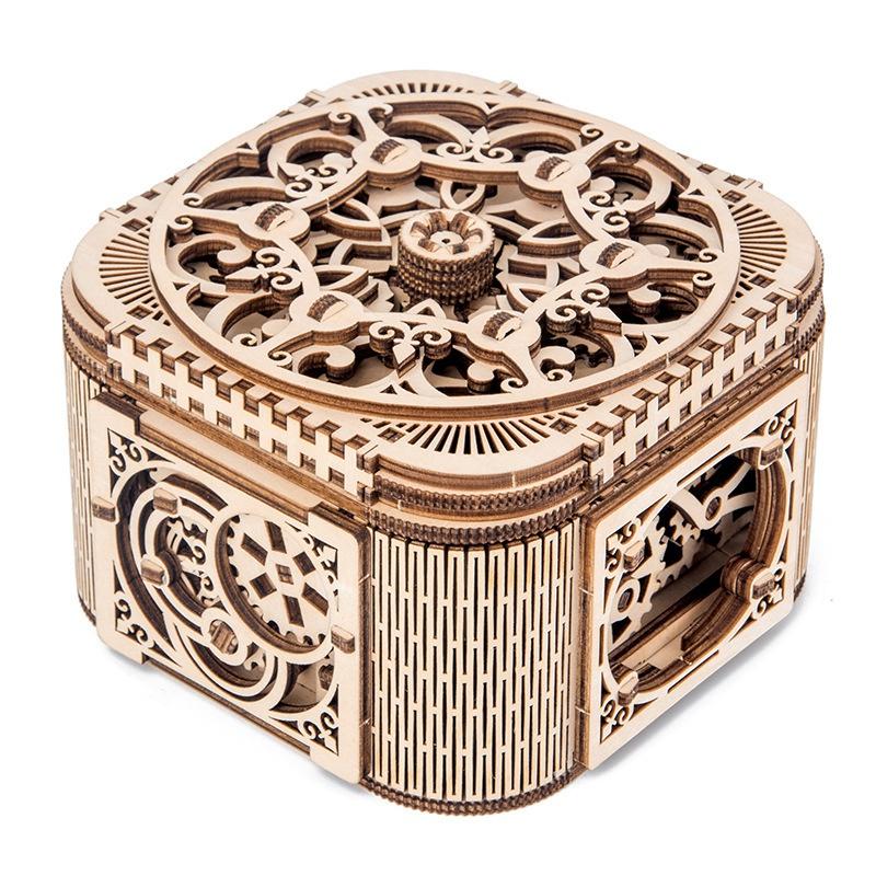Wooden Treasure Chest Vintage Postcard Storage Box Jewelry Case With Lock HZ
