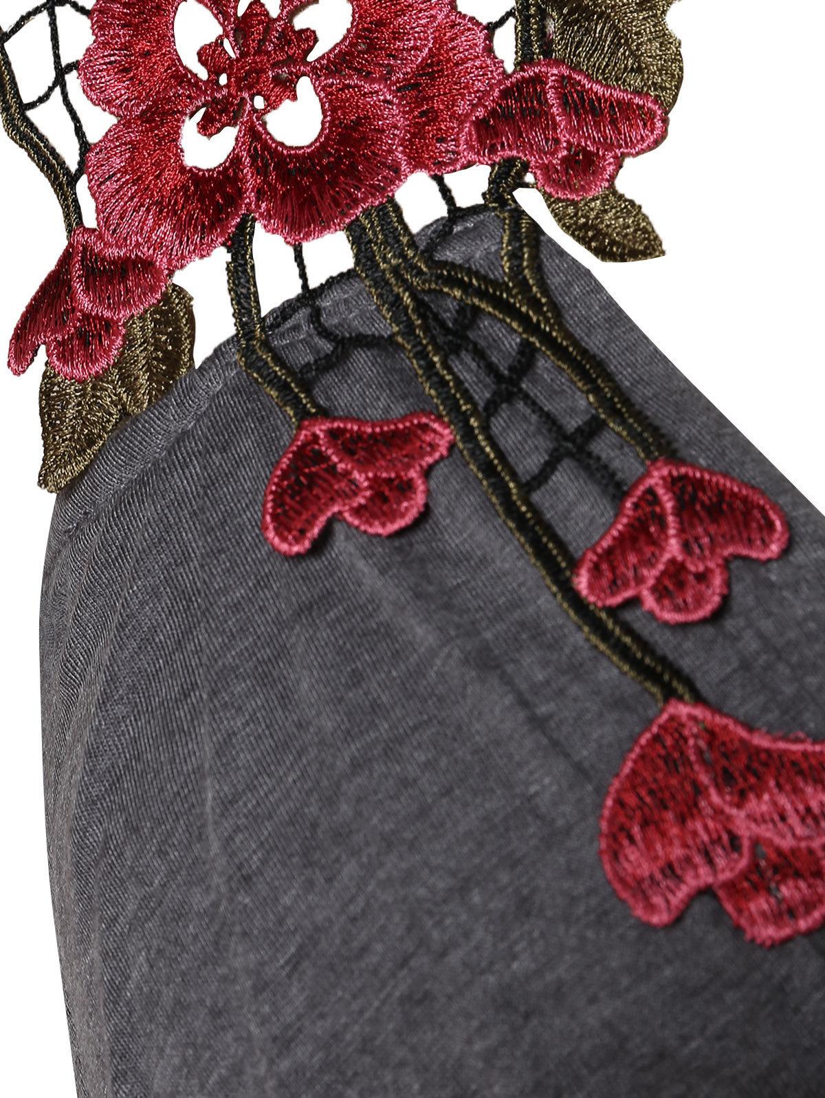 Rosegal Artı Boyutu Criss Çapraz Dantel Aplike Tank Top Vintage Patchwork Camiş V Yaka Kolsuz Moda Yaz Kadın Giyim MX190724