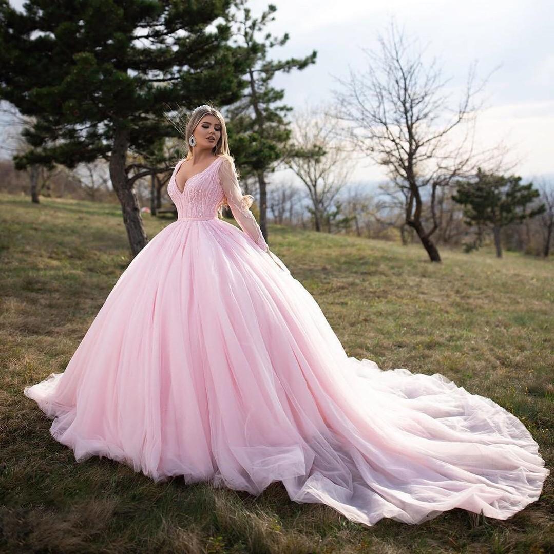 ballkleid quinceanera kleid rosa langarm tüll v-ausschnitt langarm perlen  hofzug mädchen sweet 16 kleider 15 jahre geburtstagskleider