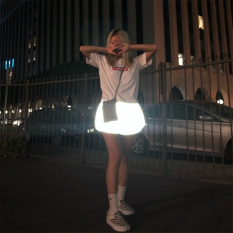 2019 Summer New Night Light Reflective Shorts For Women Leisure Shiny Shorts Elastic Waist Sexy Shorts Streetwear