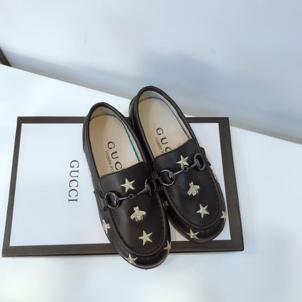 Boys'leather shoes novo padrão na primavera de 2019 hot sale estrela bordado estilo chinês moda verão