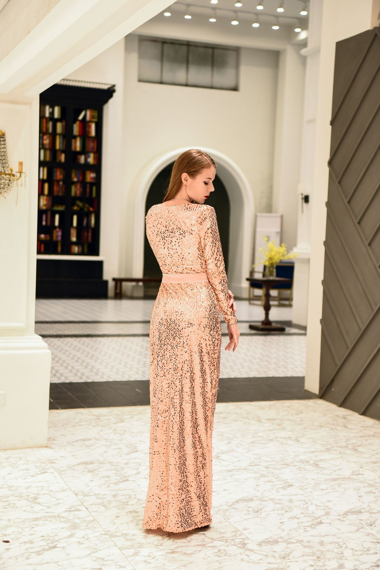 Rosa Farbe V Blei volles Kleid Sexy elastische Kraft Paillette Chalaza Kleid