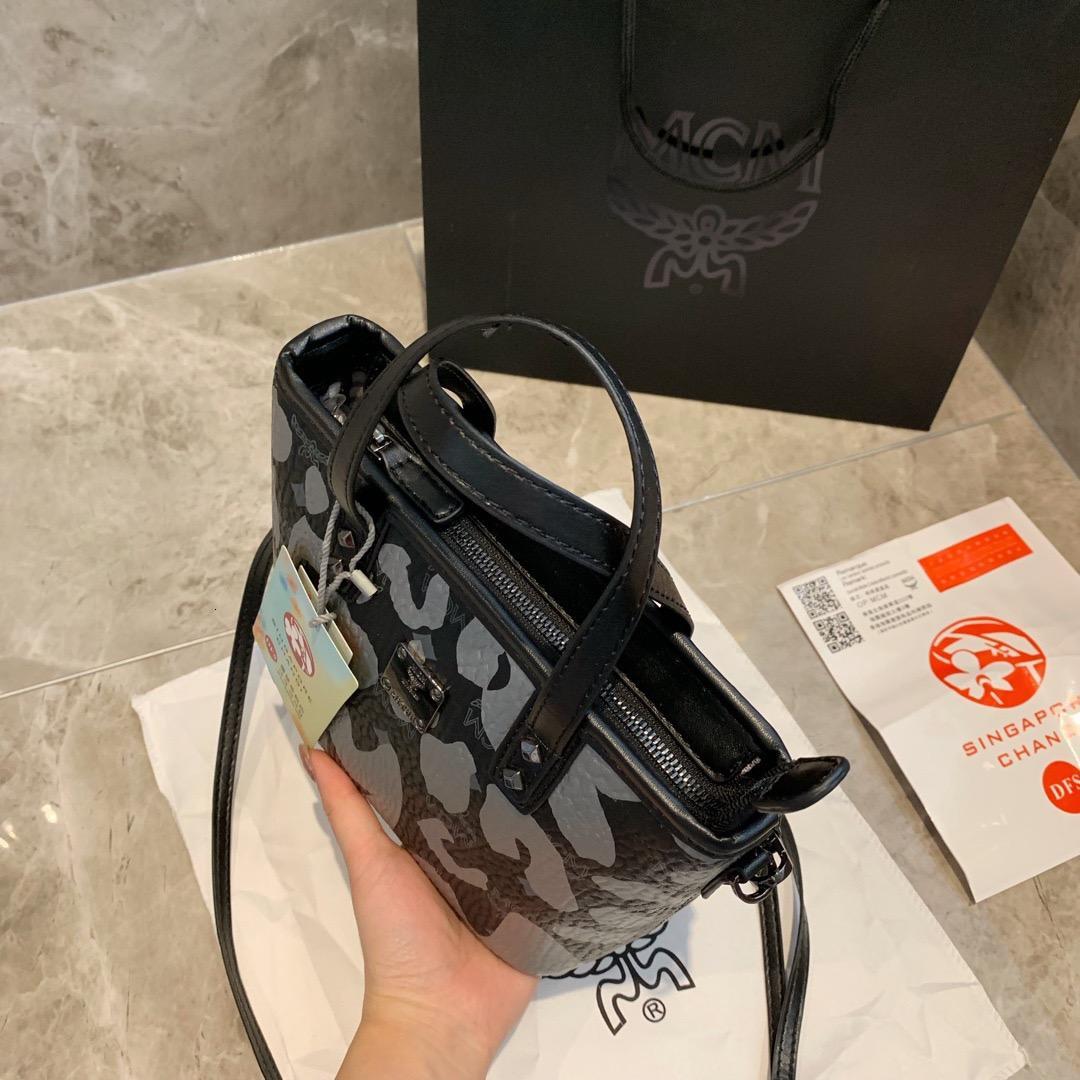 08174 mini-marques de sac fourre-tout concepteur épaule en cuir véritable mode crossbody femmes d'affaires bourse Messenger