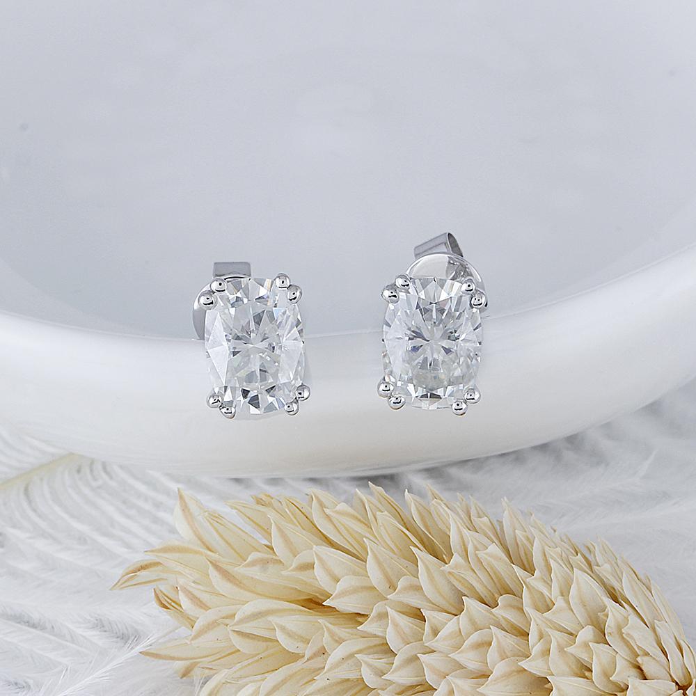cushion cut moissanite earrings (3)