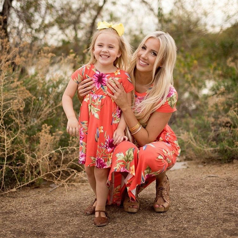 Mother Daughter Bohemian Maxi Dress Family Look Matching Outfits 2018 Short Sleeve Mommy and Me Floral Swimwear Dresses Clothes (2)