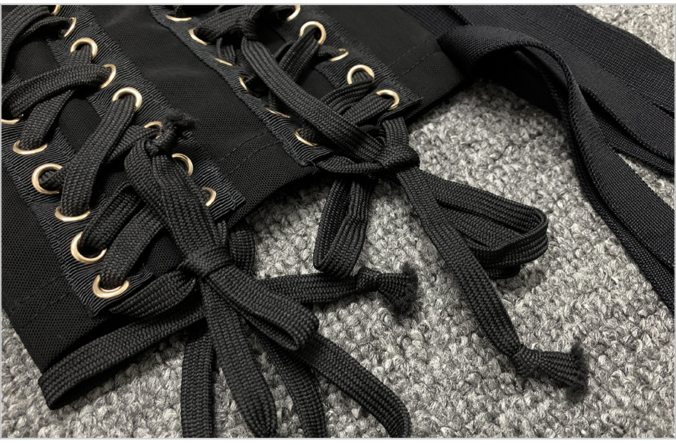 BLACK-DETAIL-12