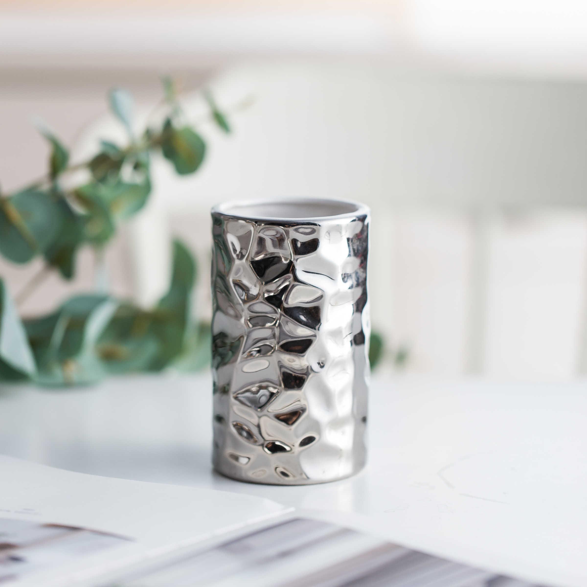 European Style Ceramic Bathroom Set Silver Plated Washroom Bathroom Accessories Wash Cups Toothbrush Holder Soap Dish Dispenser Y19061804