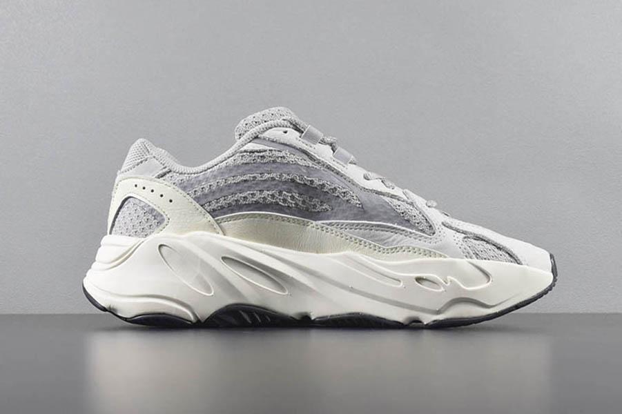 700 V2 Des Chaussures Womens Mens coach Shoes 500 Bone White Desert Rat 500 Running Sneakers Bone White Green Yellow Black Blush Sports