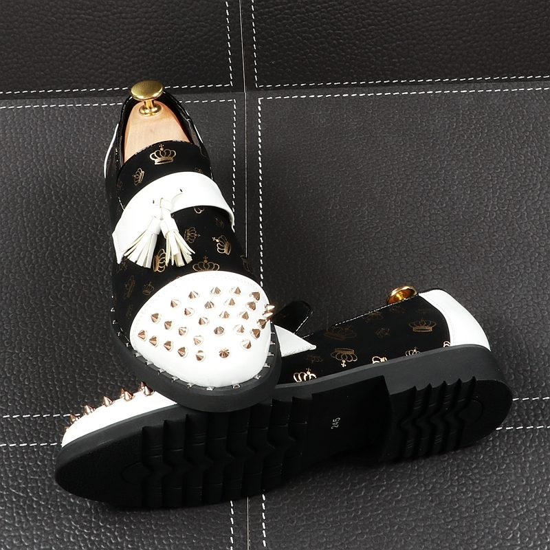 Memorable2019 Personality Fashion Male Rivet Sharp Set Foot Dawdler Shoe European Trend Man Patent Small Leather Shoes Increase