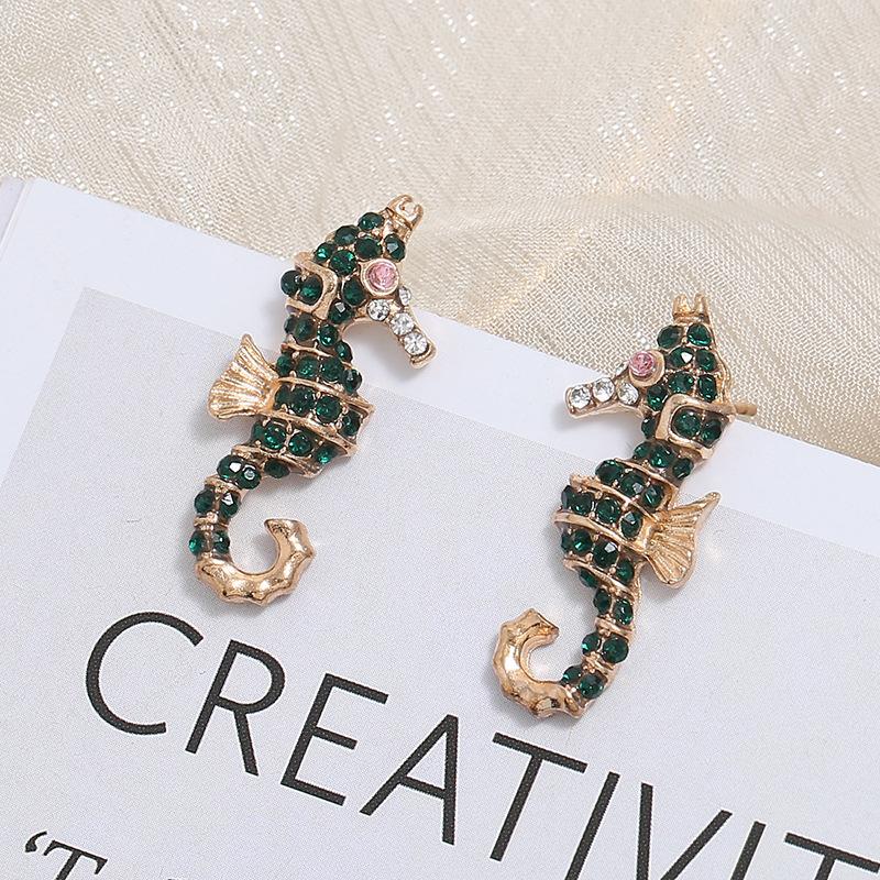 Vintage Shining Crystal Sea Horse Ear Stud Bling Rhinestone Animal Stud Earring for Girls Gold Plating