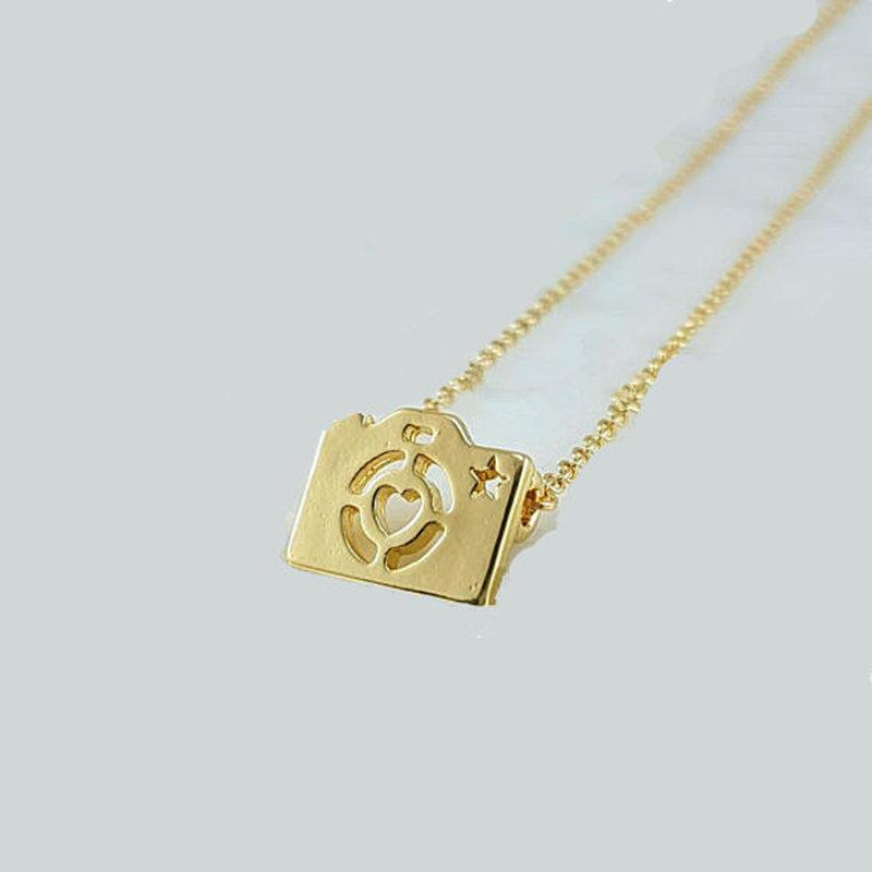 Señora collar Medallion joyas de oro corazón amor imágenes fotográficas