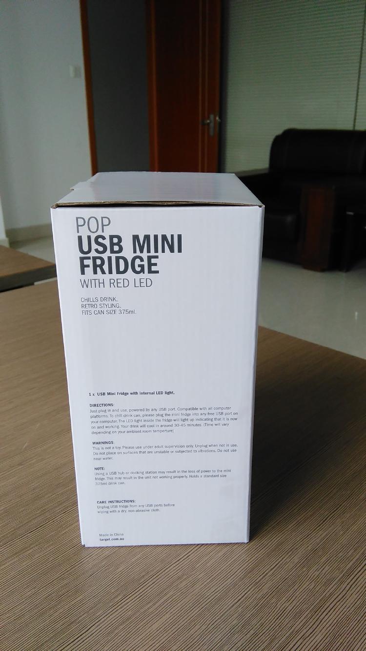 Bière Cooler !! Nouveau 2 En 1 Bureau Mini Réfrigérateur USB Gadget Boîtes De Boissons Refroidisseur Réchauffeur Réfrigérateur Avec LED Intérieur Utilisation De La Voiture Mini Réfrigérateur
