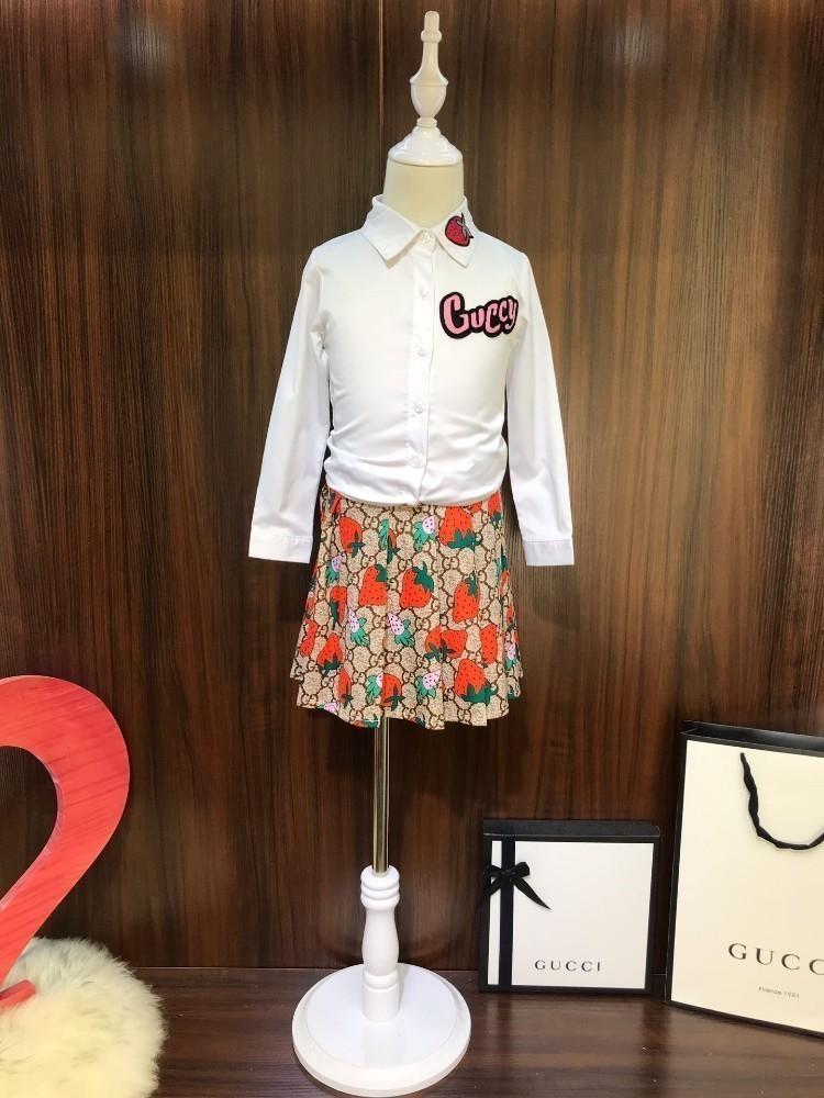 Kids Designer Clotheskids Clothing Костюм для девочек Осенняя юбка Костюмная рубашка с клубничным принтом Юбка Осенняя одежда