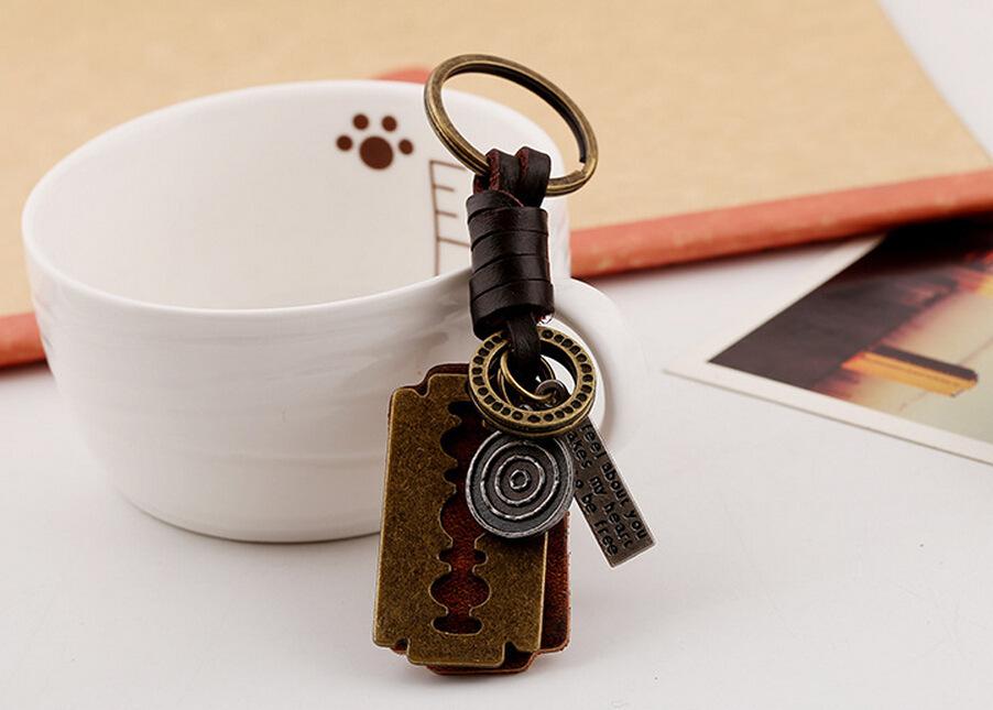 Alloy Blade Shaver Designer Birthday Gifts Keychain Fashion Creative Keyring Designer Car Keychains Accessories Valentine's Gifts