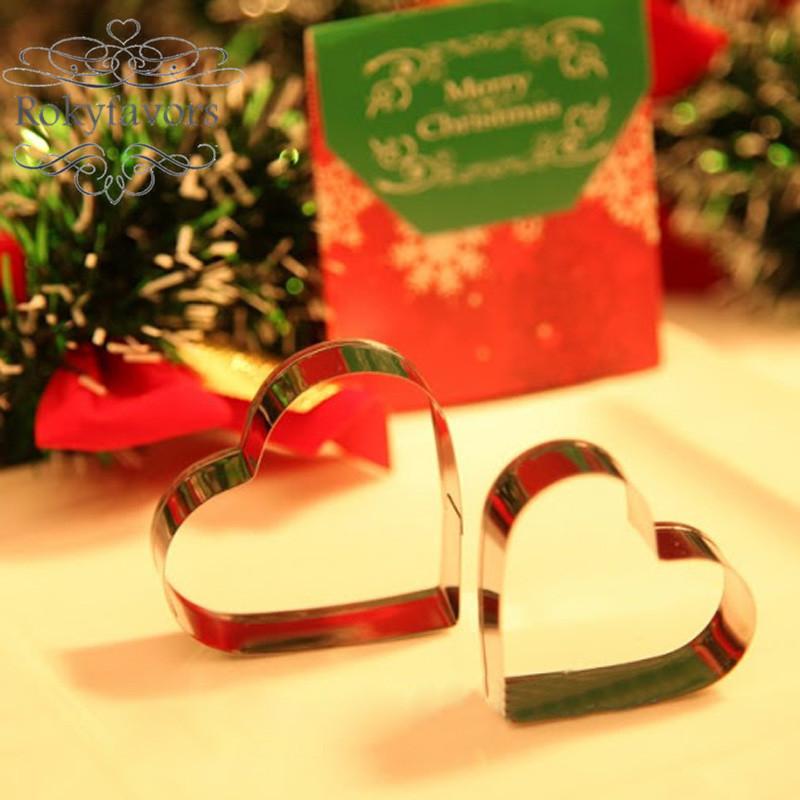 rokyfavors heart-cookie-cutters-wedding-favors